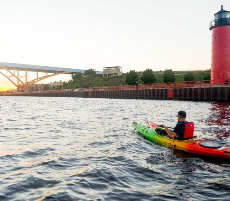 VM-Kayaking-Sunset-Lighthouse-Hoan